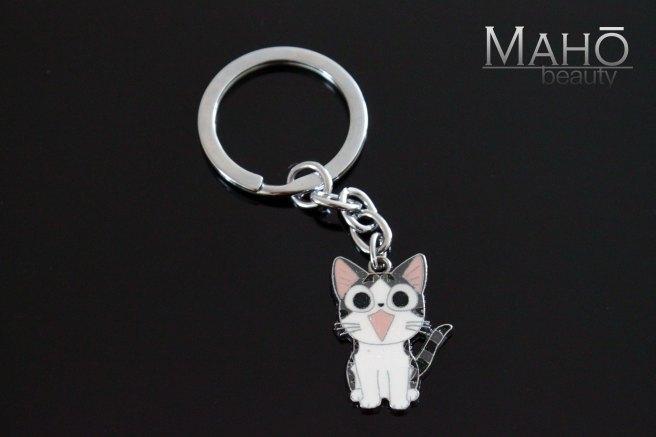 chi-cat-home-maho